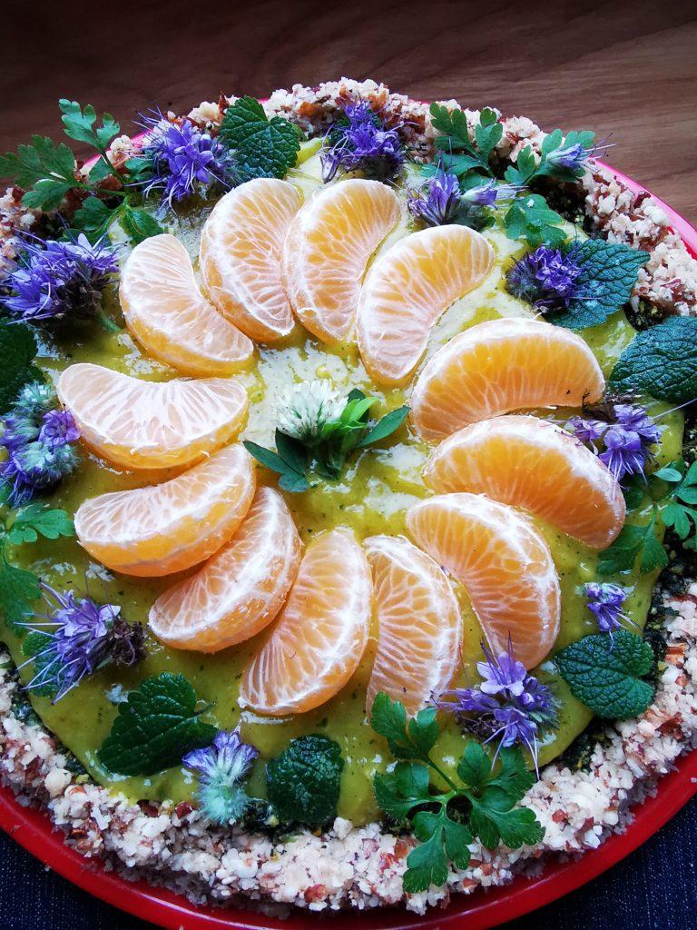 Rohkost Wildkräuter Torte